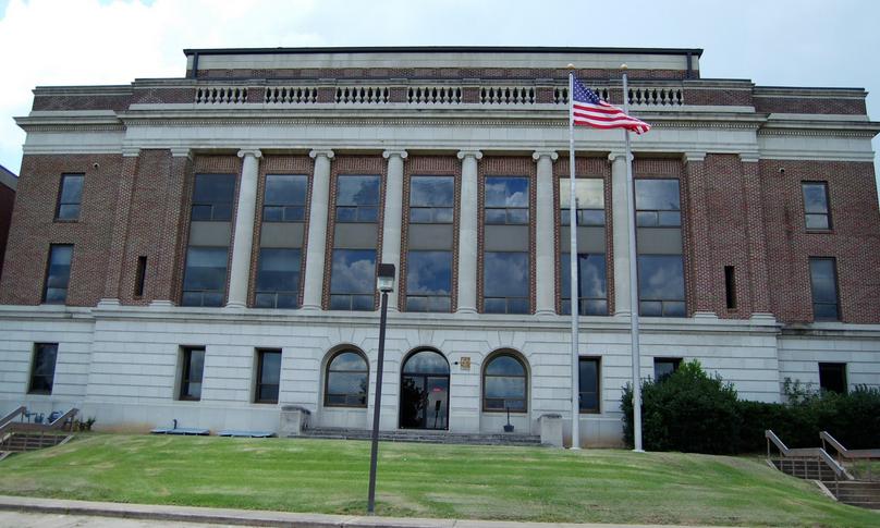 catahoula parish courthouse in harrisonburg, louisiana