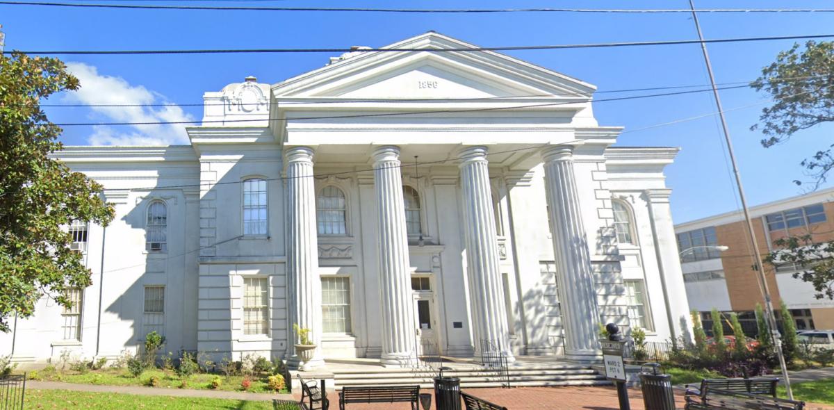 lafourche parish courthouse in thibodaux, louisiana