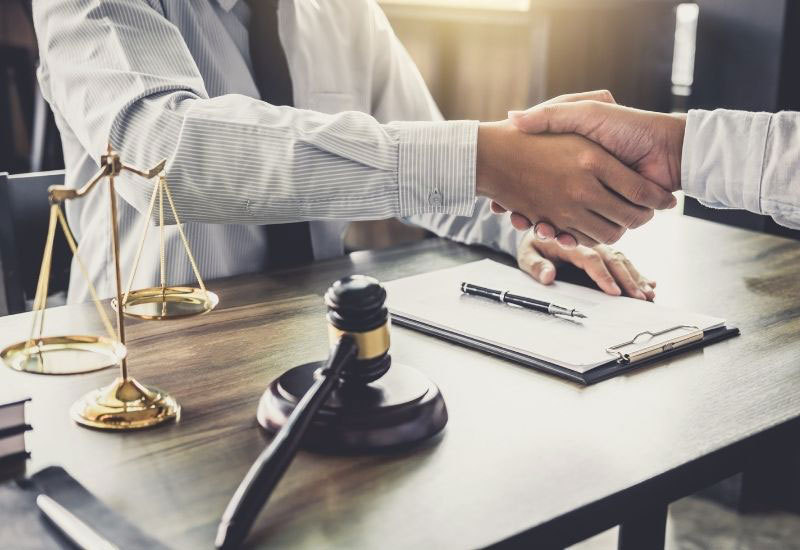 tips for choosing the best lawyer in 2021